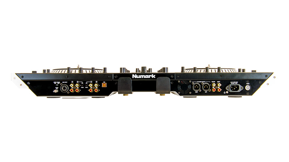 Numark NS7 II